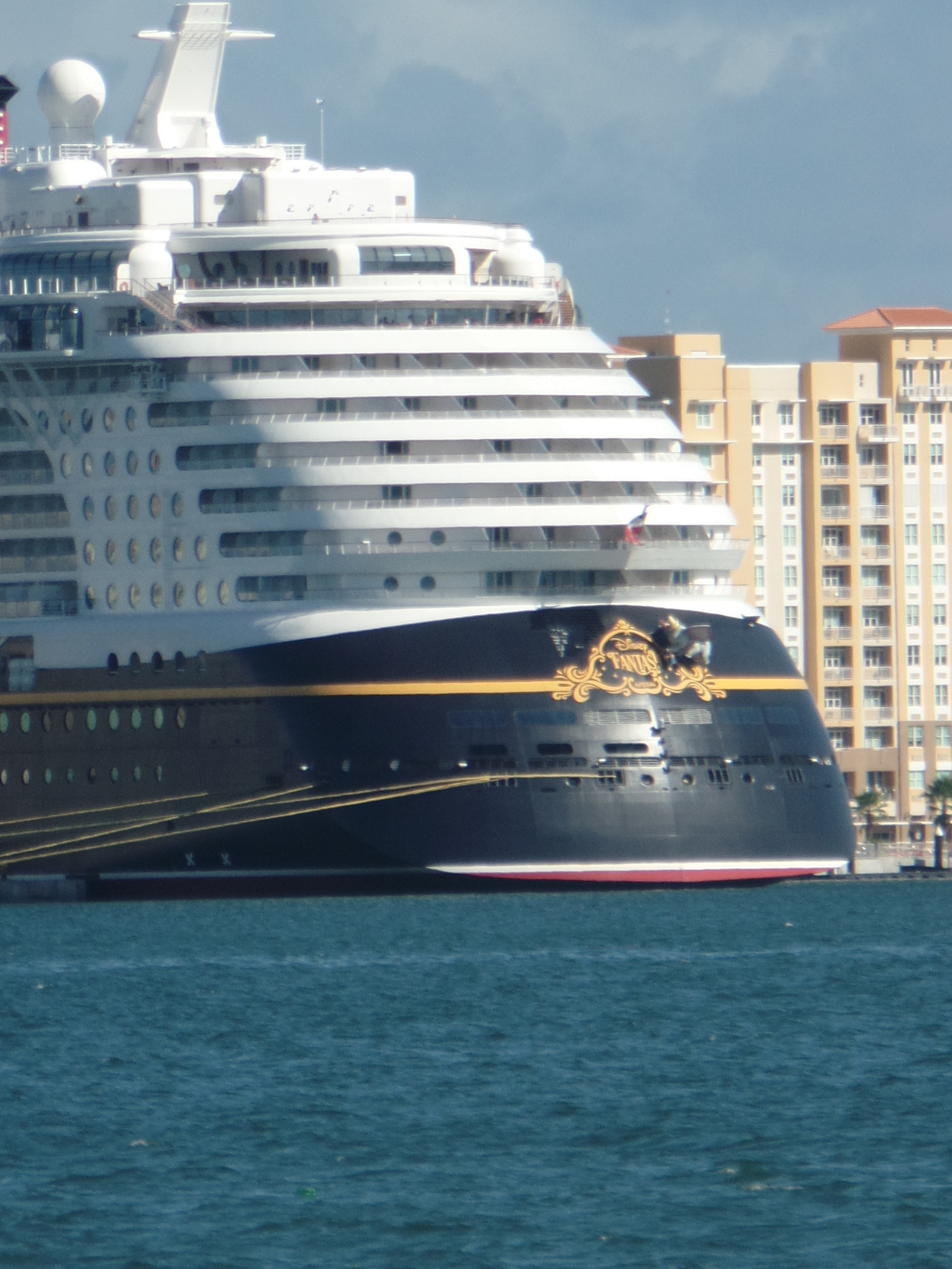 Disney Cruise Line Coreys Wine And Travel - Port or starboard side of cruise ship